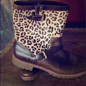 Sperry brown boots with leopard tops! Size 8